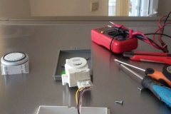 Хладилник SHARP смяна на часовник_1