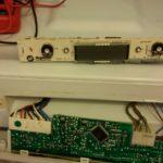 Смяна електронна платка хладилник Аристон – диагностика и ремонт